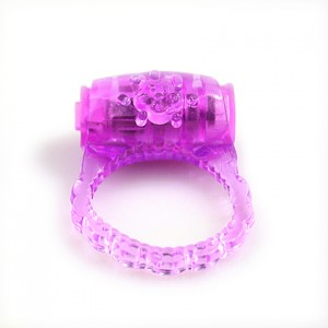 Classic vibrating cock ring to enchance sex life.