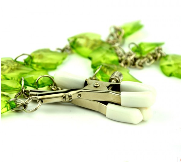 new design nipple clamp, nipple clamp leaves, chained nipple clamps