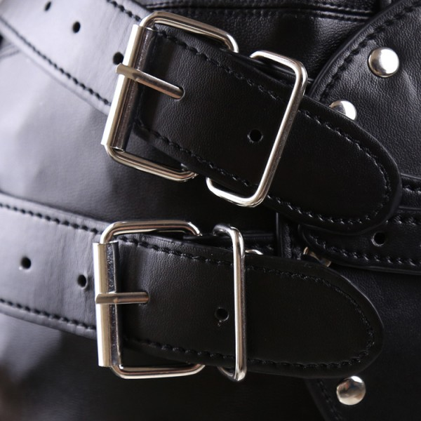 leather bdsm equipment