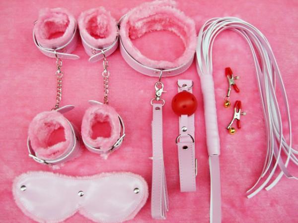 7 pieces bondage gear pack.